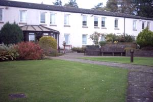 Ground floor, one (double) bedroom flat.  Walk in shower in bathroom.  Meals provided in communal dining room if required.